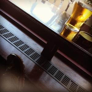 Øl, slitne løpesko og hvile...